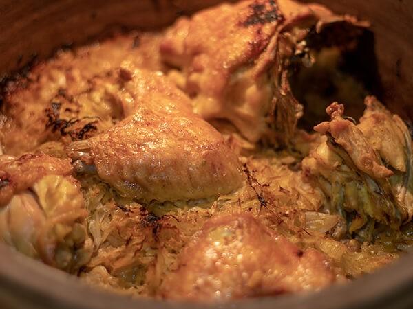 Podvarak sa piletinom ispod sača